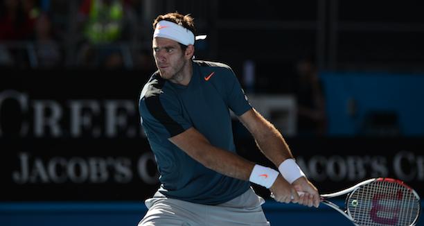 Roger Federer bat Rafael Nadal 6-3, 6-4 en finale