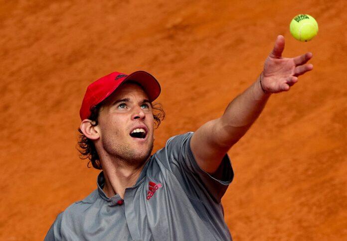 ATP HAMBOURG 2021 Thiem-service-Madrid-2021-696x484